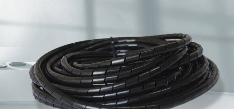 黑色绝缘PE缠绕管